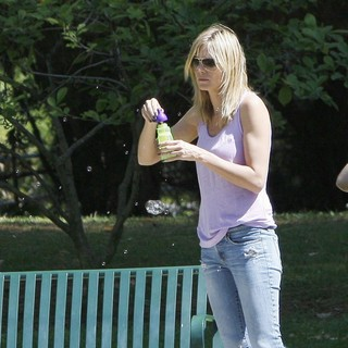 Heidi Klum in Heidi Klum on A Family Day Out