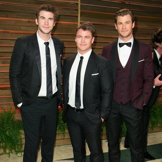 Liam Hemsworth, Luke Hemsworth, Chris Hemsworth in 2014 Vanity Fair Oscar Party