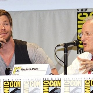 Chris Hemsworth, Michael Mann in San Diego Comic-Con International 2014 - Legendary Pictures Panel Press Conference