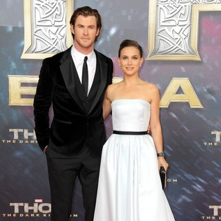 Chris Hemsworth, Natalie Portman in German Premiere of Thor: The Dark World