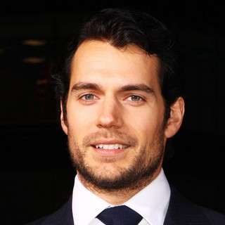 Immortals 3D Los Angeles Premiere - henry-cavill-premiere-immortals-01