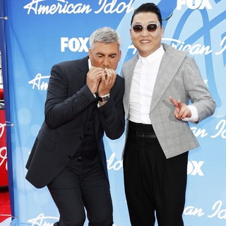 Taylor Hicks, PSY in American Idol Finale Results Show Live - Arrivals