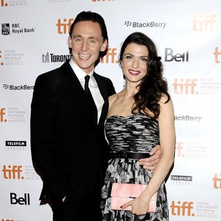 Tom Hiddleston, Rachel Weisz in 36th Annual Toronto International Film Festival - The Deep Blue Sea - Premiere Arrivals