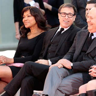 Grace Hightower, David O. Russell, Billy Crystal in Robert De Niro Places His Hand and Foot Prints in Cement During The Footprint Ceremony