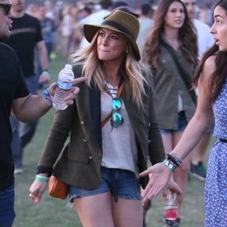 Hilary Duff in The 2013 Coachella Valley Music and Arts Festival - Week 1 Day 1 - hilary-duff-2013-coachella-valley-music-and-arts-festival-01