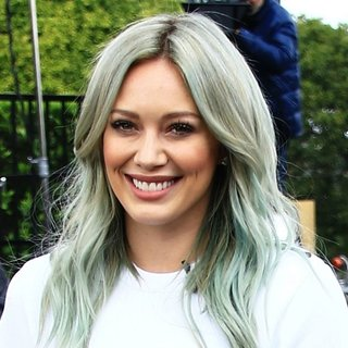 Hilary Duff - Hilary Duff Appears on Extra