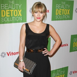 Hilary Duff in Kimberly Snyder Book Launch Party for The Beauty Detox Solution