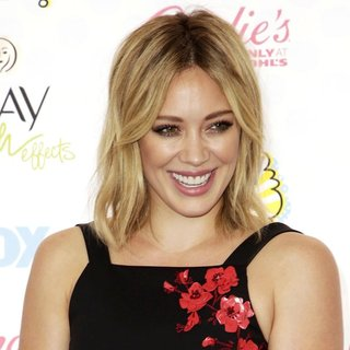 Hilary Duff in Teen Choice Awards 2014 - Arrivals