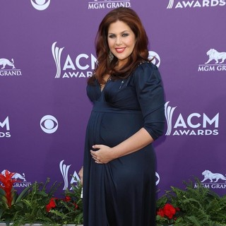 Hillary Scott, Lady Antebellum in 48th Annual ACM Awards - Arrivals