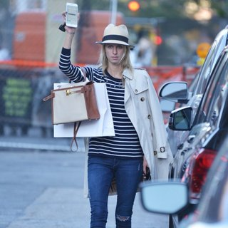 Nicky Hilton Hails A Cab in Manhattan