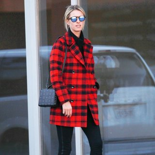 Nicky Hilton Shops in Beverly Hills