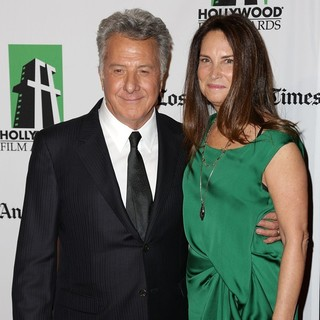 Dustin Hoffman in 16th Annual Hollywood Film Awards Gala - hoffman-gottsegen-16th-annual-hollywood-film-awards-gala-03