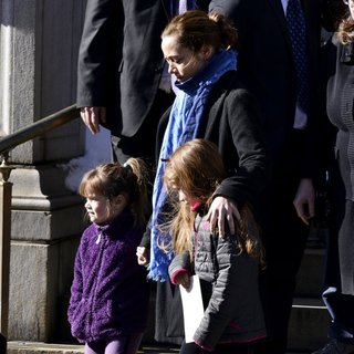 Willa Hoffman, Mimi O'Donnell, Tallulah Hoffman in The Funeral of Philip Seymour Hoffman