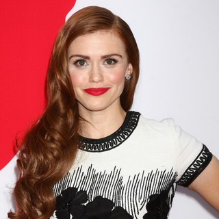 Holland Roden in Los Angeles Premiere of Red 2