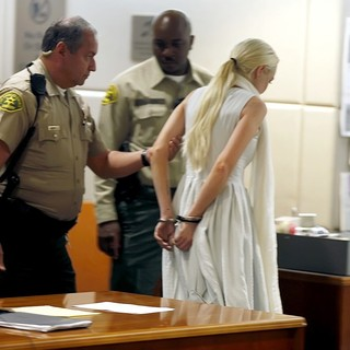 Lindsay Lohan - Lindsay Lohan Being Escorted from The Courtroom in Handcuffs After A Judge Revoked