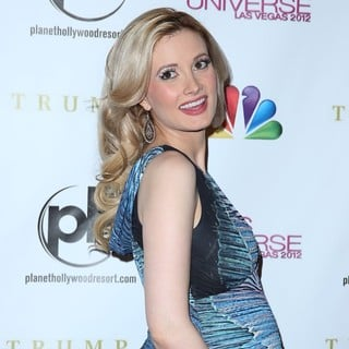 Holly Madison in 2012 Miss Universe Pageant - Arrivals