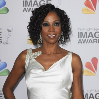 Holly Robinson Peete in The 43rd Annual NAACP Awards - Arrivals