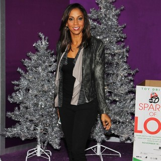 Holly Robinson Peete in Open Road Films Justin Bieber's Believe Memoir and Concert Film Presented by Teen Vogue