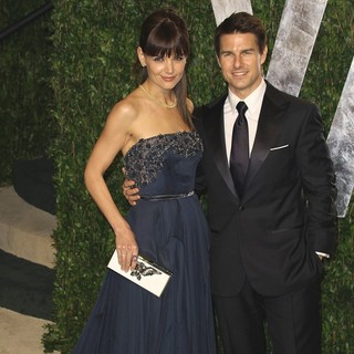 Katie Holmes, Tom Cruise in 2012 Vanity Fair Oscar Party - Arrivals