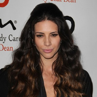 Hope Dworaczyk in NOH8 Celebrity Studded 4th Anniversary Party - Arrivals