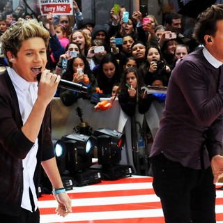Niall Horan, Louis Tomlinson, One Direction in One Direction Performing Live on The Today Show