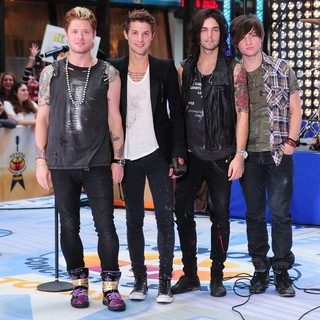 Hot Chelle Rae in Hot Chelle Rae Perform at The Toyota Concert Series on The Today Show