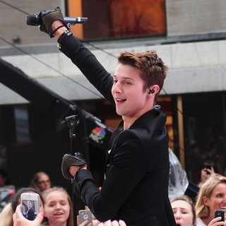 Ryan Follese, Hot Chelle Rae in Hot Chelle Rae Perform at The Toyota Concert Series on The Today Show