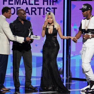Terrence Howard, Morris Chestnut, Nicki Minaj, Safaree Samuels in The 2013 BET Awards - Inside