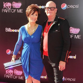 Mary Hudson, Keith Hudson in Katy Perry: Part of Me Los Angeles Premiere