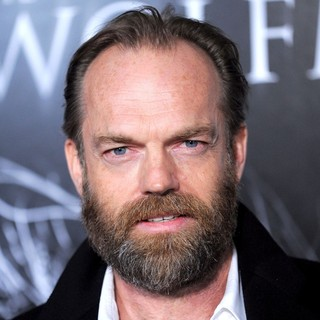 Hugo Weaving in Premiere of The Wolfman - Red Carpet - hugo-weaving-premiere-the-wolfman-01