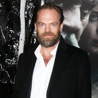 Hugo Weaving in Premiere of The Wolfman - Red Carpet - hugo-weaving-premiere-the-wolfman-03