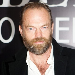 Hugo Weaving in Russian Premiere of The Wolfman - hugo-weaving-russian-premiere-the-wolfman-01
