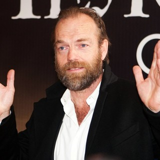 Hugo Weaving in Russian Premiere of The Wolfman - hugo-weaving-russian-premiere-the-wolfman-03