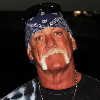 Hulk Hogan in Hulk Hogan Welcomes TNA Impact Wresting to Las Vegas
