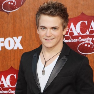 Hunter Hayes in 2011 American Country Awards - Arrivals