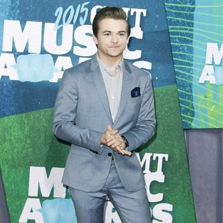 Hunter Hayes in 2015 CMT Music Awards - Arrivals