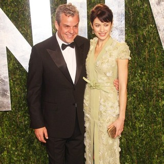 Danny Huston, Olga Kurylenko in 2012 Vanity Fair Oscar Party - Arrivals
