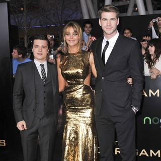 Josh Hutcherson, Jennifer Lawrence, Liam Hemsworth in Los Angeles Premiere of The Hunger Games - Arrivals