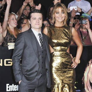 Josh Hutcherson, Jennifer Lawrence in Los Angeles Premiere of The Hunger Games - Arrivals