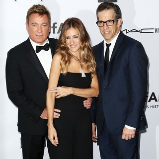 Kevin Huvane, Sarah Jessica Parker, Kenneth Cole in amfAR 3rd Annual Inspiration Gala