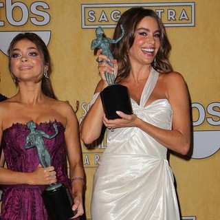 Sarah Hyland, Sofia Vergara in 19th Annual Screen Actors Guild Awards - Press Room