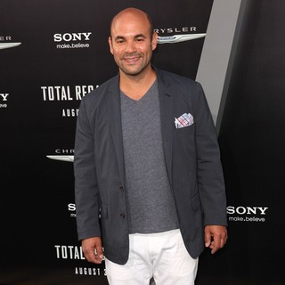 Ian Gomez in Los Angeles Premiere of Total Recall
