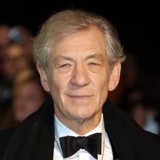 Ian McKellen in The Hobbit: An Unexpected Journey - UK Premiere - Arrivals - ian-mckellen-uk-premiere-the-hobbit-an-unexpected-journey-01