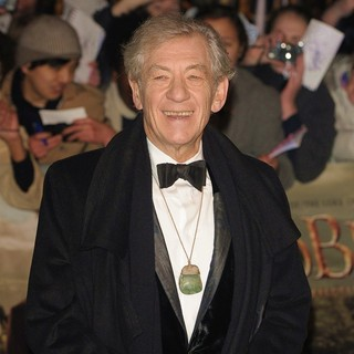 Ian McKellen in The Hobbit: An Unexpected Journey - UK Premiere - Arrivals - ian-mckellen-uk-premiere-the-hobbit-an-unexpected-journey-03