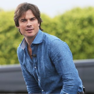 Ian Somerhalder Interviewed for Television Show Extra