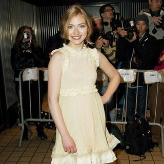 Imogen Poots in Premiere of Solitary Man - Arrivals