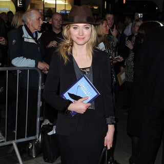 Imogen Poots in The Umbrellas of Cherbourg - Press Night - Arrivals - imogen-poots-umbrellas-of-cherbourg-02
