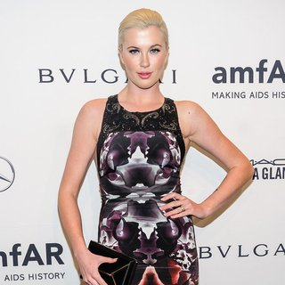 Ireland Baldwin in Mercedes-Benz 2014 amfAR Gala
