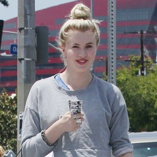 Ireland Baldwin in Ireland Baldwin Out Shopping on Melrose Ave