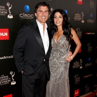 Vincent Irizarry, Donna Petracca in The 40th Annual Daytime Emmy Awards - Arrivals